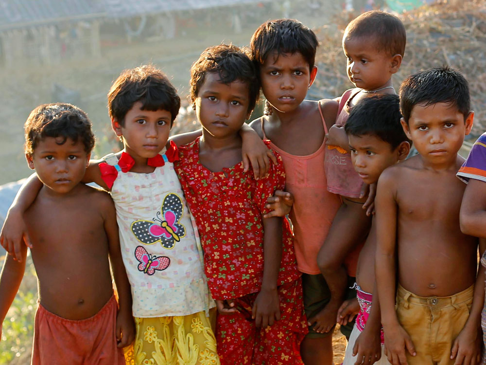 Geflüchtet vor der Gewalt in ihrer Heimat: Rohingya-Kinder im Balukhali-Camp in Bangladesch. Foto: Abir Abdullah / European Pressphoto-Agency